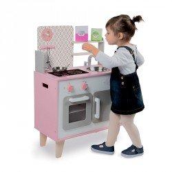 Cocina de madera macaron blanca y rosa